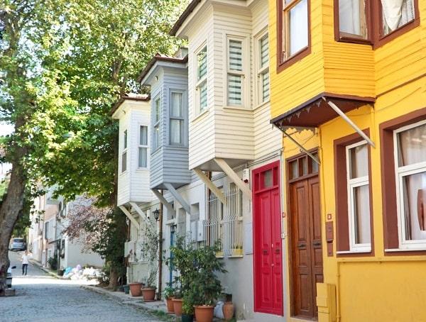 İstanbul renkli evleri